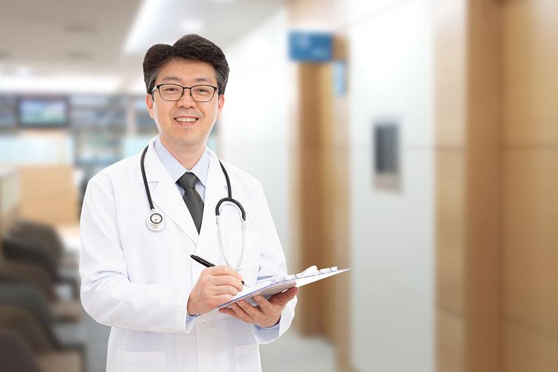 なぜ医師は不動産投資で成功するのか?【現役医師オーナーのインタビュー付き】
