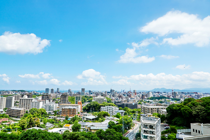 不動産投資は地方都市が有利?東京との違いやメリット・デメリットを解説